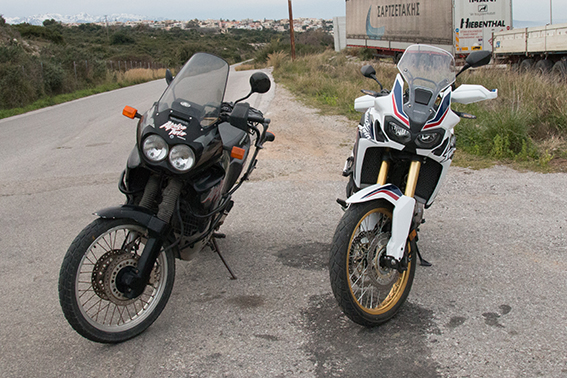 CRF 1000 AFRICA TWIN vs 750